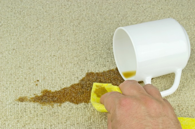 Cleaning tea stains on carpet