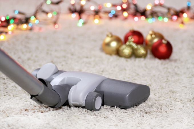 Carpet cleaning and Christmas decorations