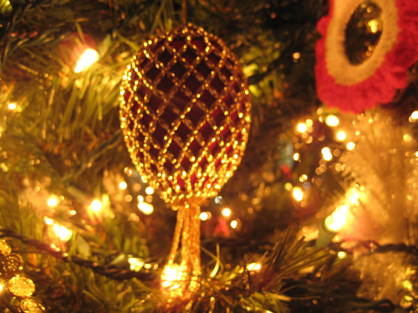christmas_tree_background_4_by_darlingstock-d40kea2